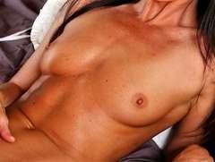 petits seins