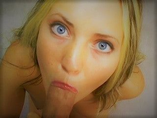 Blondinette coquine s'offre a vous
